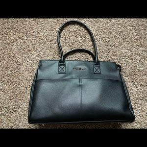 Mary Kay New Tote-NEVER USED! BELOW COST!!!